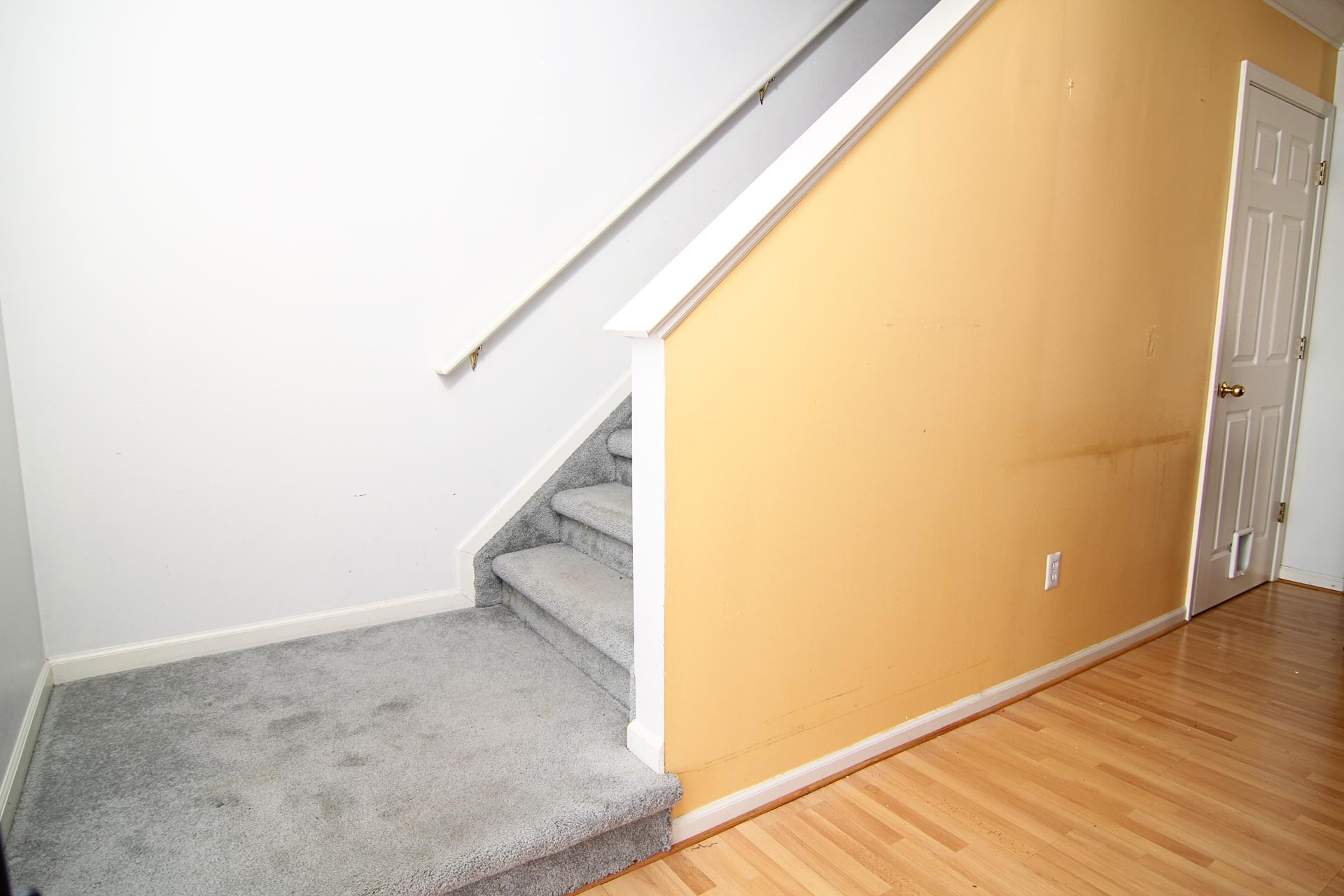 How To Remodel A Stairway Stairs Diy Instructional Dvd